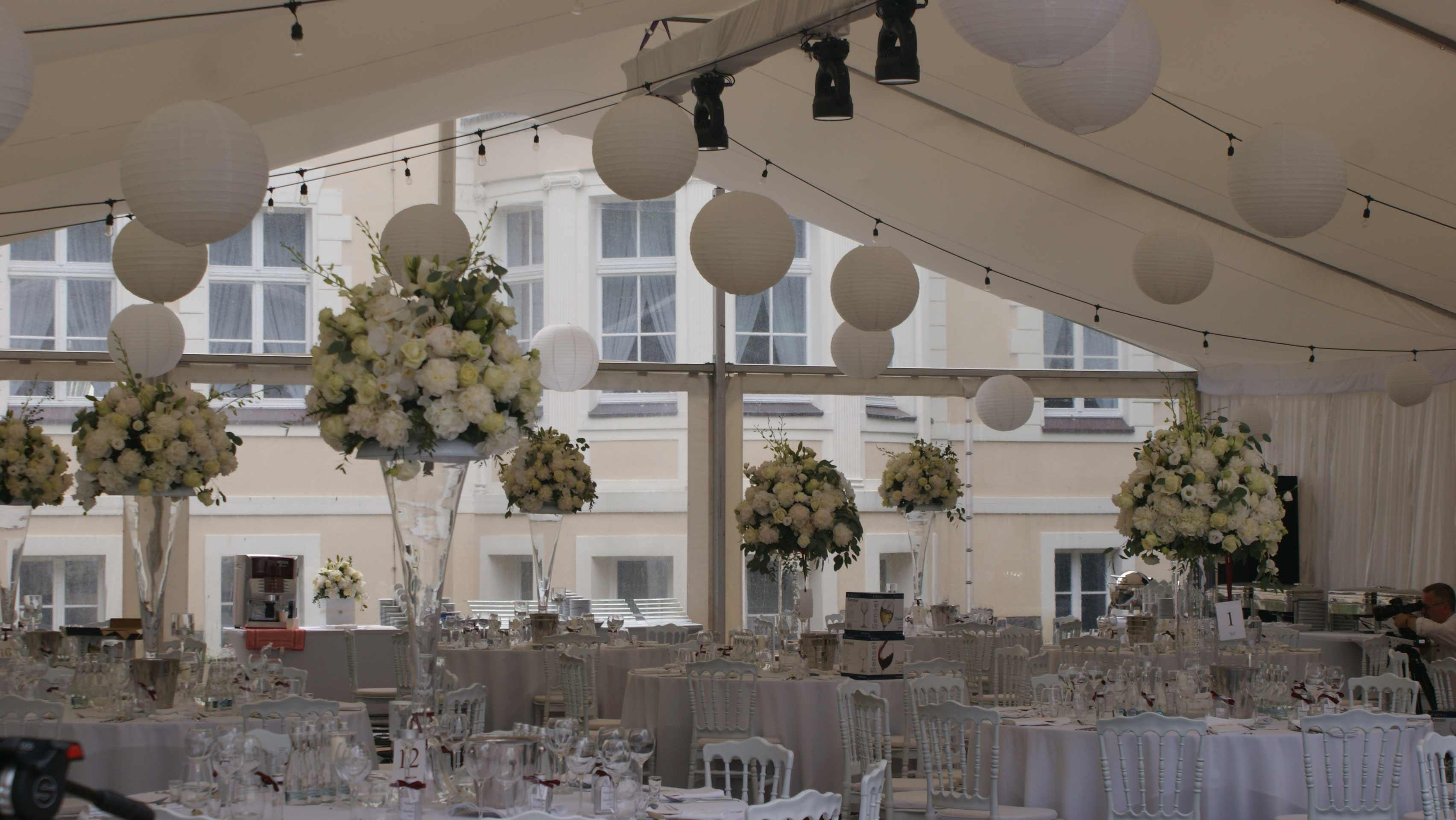 Cudowna Dekoracja sufitu na sali weselnej - Artcom FO85